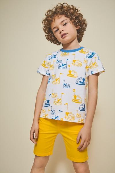comprar camiseta estampada con coches para niño de newness